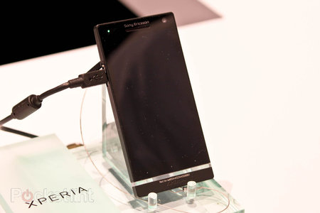 Sony Xperia S pictures and hands-on - photo 2