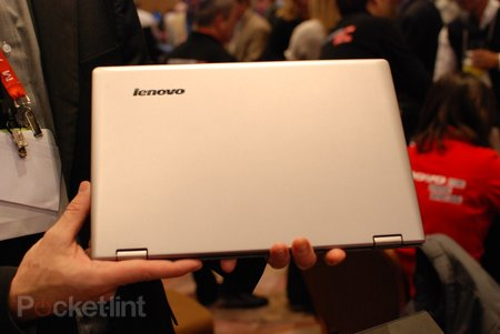 Lenovo IdeaPad Yoga Ultrabook pictures and hands-on - photo 2