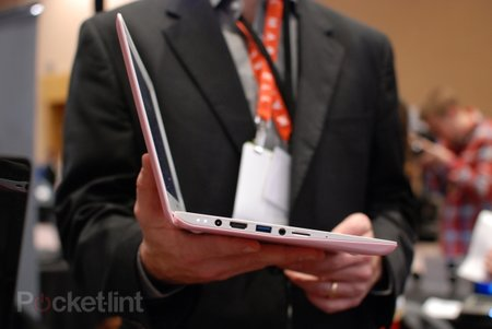 Lenovo IdeaPad S200 pictures and hands-on