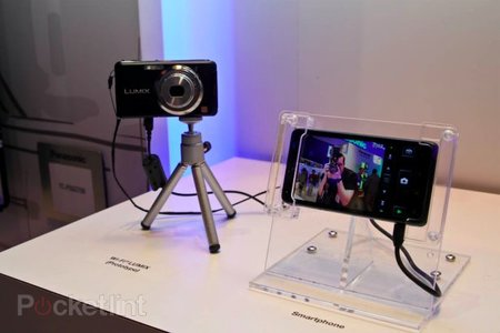 Panasonic Lumix Wi-Fi prototype gives control to your smartphone