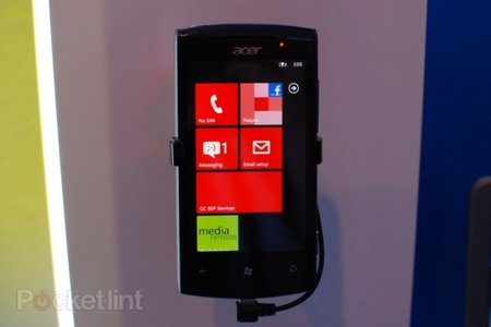 Acer Allegro Windows Phone 7 smartphone pictures and hands-on
