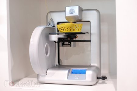 Cubify 3D home printer pictures and hands-on - photo 1