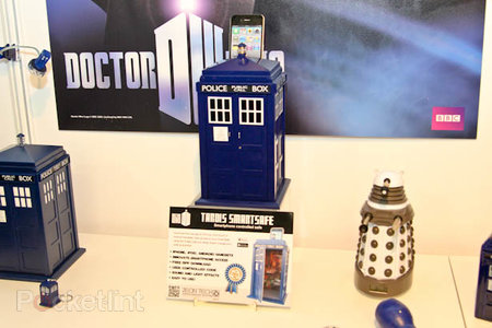 The Doctor Who Tardis safe that you unlock with your phone