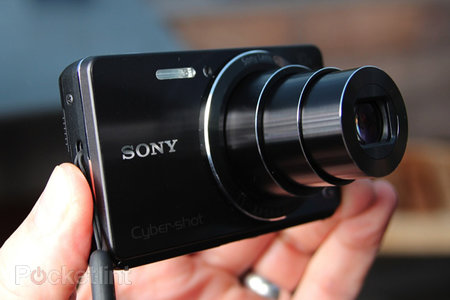 Sony Cyber-shot W690 pictures and hands-on