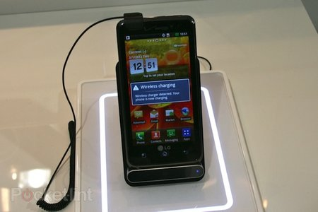 LG WCD-800 wireless charger announced at MWC, we go hands-on