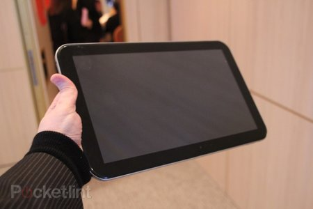 Toshiba 13.3-inch Tegra 3 tablet concept pictures and hands-on - photo 1