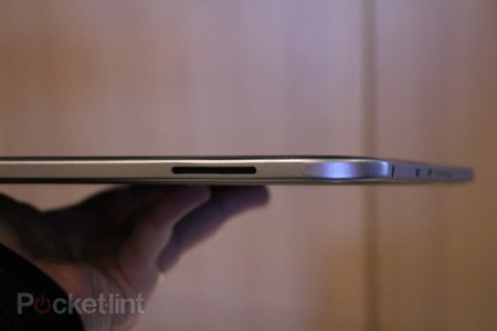 Toshiba 13.3-inch Tegra 3 tablet concept pictures and hands-on - photo 3