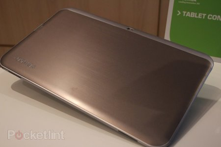 Toshiba 13.3-inch Tegra 3 tablet concept pictures and hands-on - photo 7