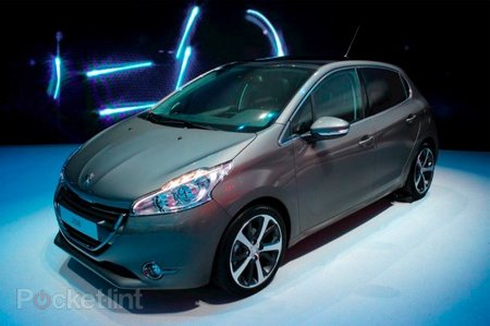 Peugeot 208 pictures and hands-on