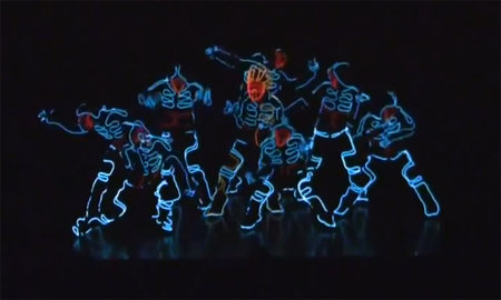 Japanese Tron street dance troupe give Prodijig a run for their money (video)