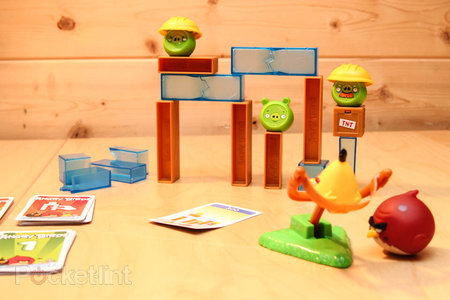 Angry Birds On Thin Ice pictures and hands-on - photo 1