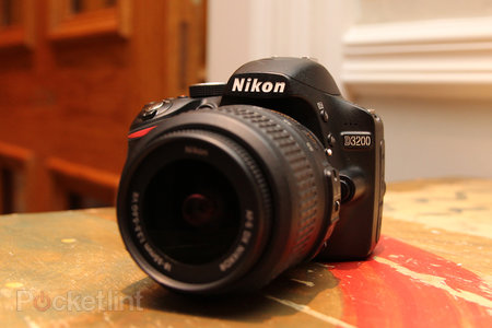 Nikon D3200 pictures and hands-on