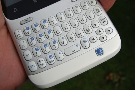 HTC: No plans for any more QWERTY keyboards