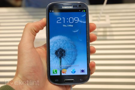 Samsung Galaxy S III: TouchWiz UI explored