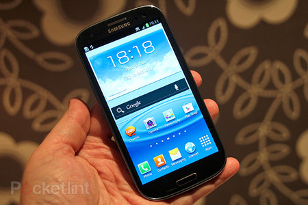 Samsung Galaxy S III UK's most pre-ordered phone too