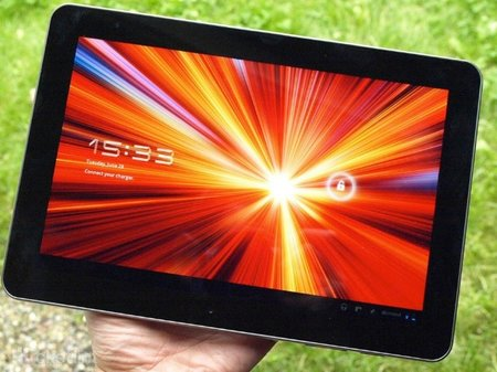 Samsung Galaxy Tab 10.1 sales banned in USA, customers will have to buy the Galaxy Tab 2 instead