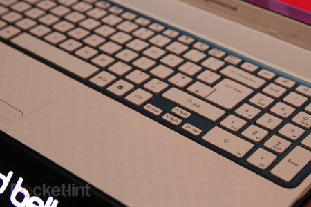 Acer reinforces Packard Bell as affordable, launches EasyNote TE and TV laptops - photo 5