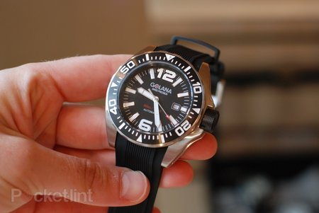 Golana ADQ100-1 diving watch pictures and hands-on