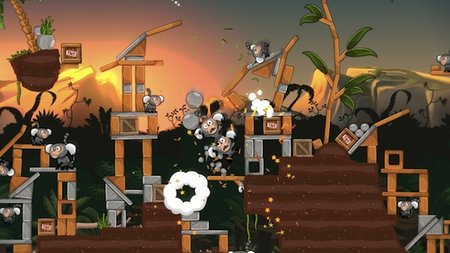 Angry Birds Trilogy sees our feathered friends swoop on to Xbox 360, PS3 and Nintendo 3DS