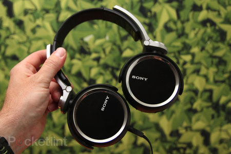 Sony Extra Bass charge lead by MDR-XB800, fat beats abound
