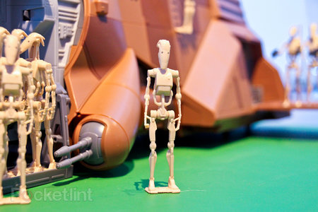Hasbro Star Wars MTT Droid Carrier pictures and hands-on