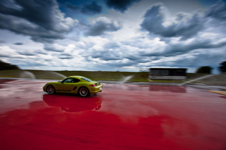 Porsche Silverstone Driving Experience pictures and hands-on