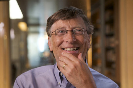 Bill Gates buys 200 litres of fake poo