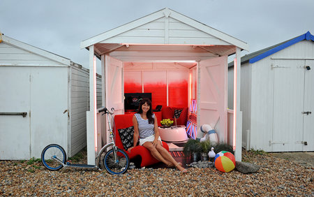 Virgin Media pimps out beach hut to be gadget lovers' dream holiday destination