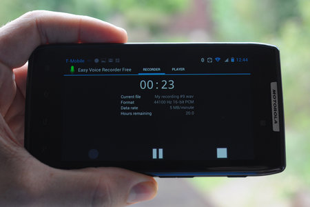APP OF THE DAY: Easy Voice Recorder Free (Android) - photo 1