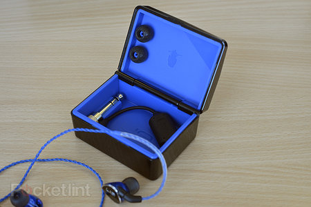 Logitech UE 900 in-ear headphones: Pro aspirations, consumer-ish price