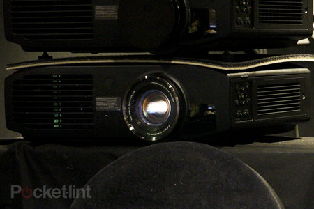 Panasonic PT-AT6000 pictures and hands-on - photo 10