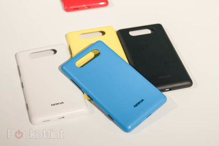 Nokia planning tougher sporty Lumia 820 covers