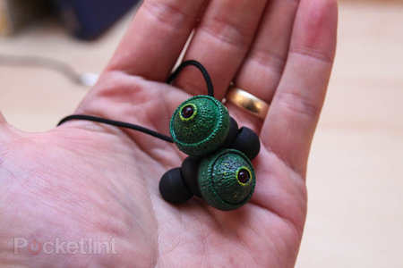 Chameleon Eye headphones: The headphones that stare