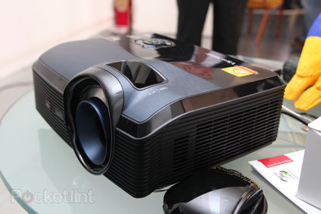 ViewSonic Pro9000 Laser Hybrid LED lampless projector pictures and hands-on - photo 3