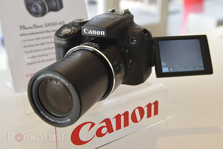 Canon PowerShot SX50 HS pictures and hands-on