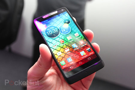 Motorola RAZR i pictures and hands-on