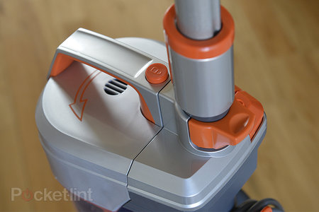 Vax Air3 multi-cyclonic upright vacuum cleaner pictures and hands-on - photo 3