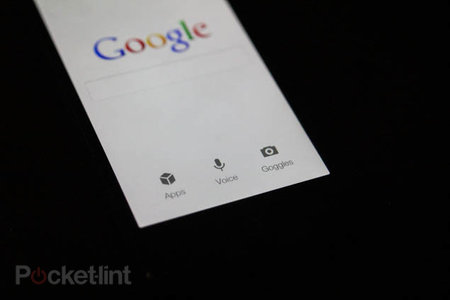 Google Voice Search app now on iOS, challenges Siri for your command