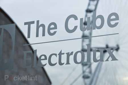 The Cube by Electrolux high tech pop-up restaurant pictures and hands-on - photo 13