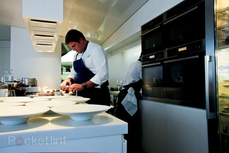 The Cube by Electrolux high tech pop-up restaurant pictures and hands-on - photo 23