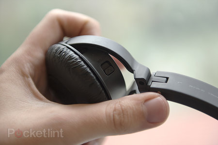 Hands-on: Pioneer SE-NC21M noise-cancelling headphones review - photo 4
