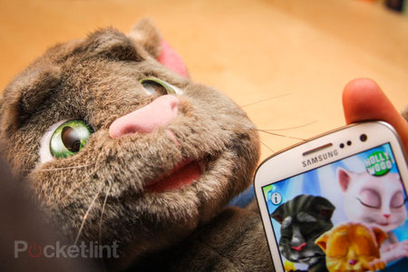 Talking Tom Superstar pictures and hands-on