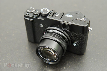 Fujifilm X20 compact also set for CES unveil?