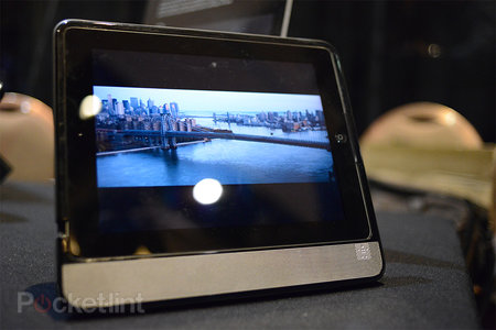 Belkin Thunderstorm Handheld Home Theater pictures and hands-on - photo 1