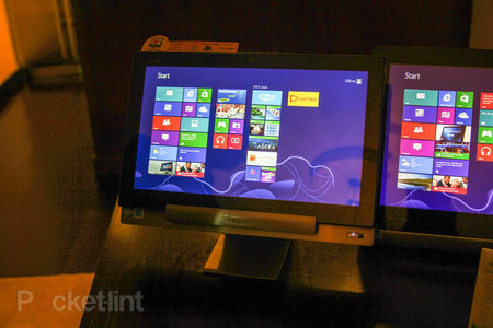Asus Transformer AiO P1801 is a Win 8 desktop by day, giant Android tablet by night, we go hands-on - photo 4