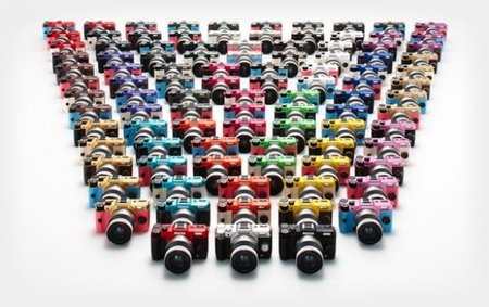 Pentax Q10, now available in 100 different colour combinations