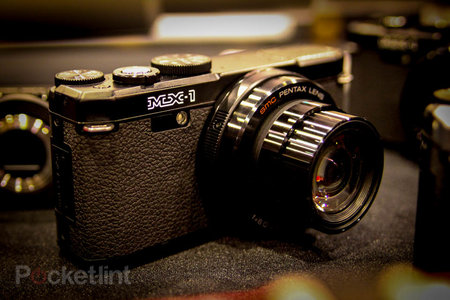 Pentax MX-1 pictures and hands-on