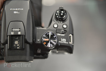Fujifilm FinePix SL1000 superzoom pictures and hands-on - photo 2
