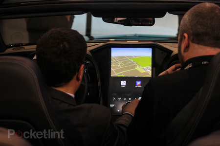 QNX car platform 2.0 concept in a Bentley Continental GTC pictures and hands-on - photo 2