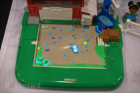 Fisher-Price Little People Apptivity case and Barnyard pictures and hands-on - photo 4